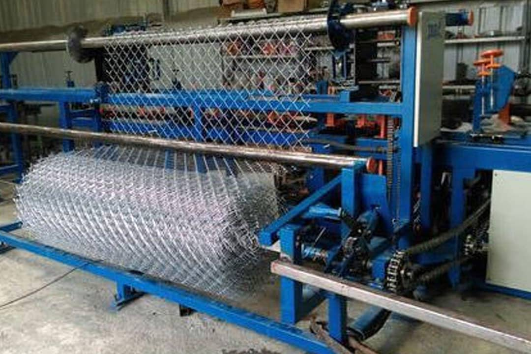 Automatic Chain Link Fenching Making Machine